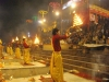 20090401070020evening_ganga_aarti_at_dashashwamedh_ghat_varanasi1
